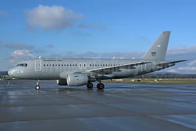 Hungarian Air Force - HUNAF Airbus A319-112 605 (msn 3865) ZRH (Rolf Wallner). Image: 945342.