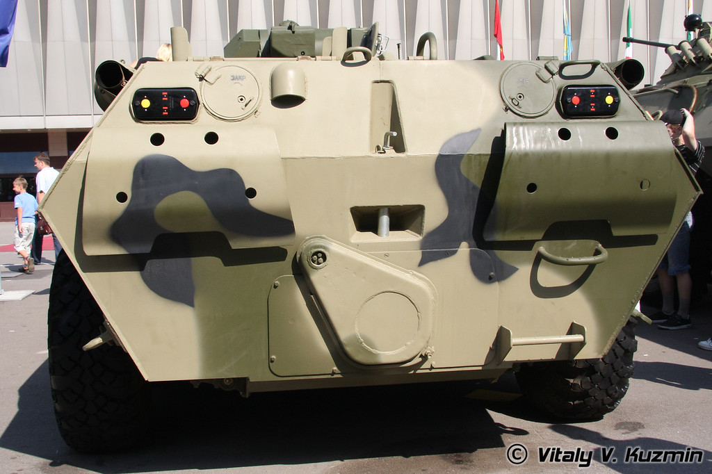 БТР-80А (BTR-80A armored personnel carrier)