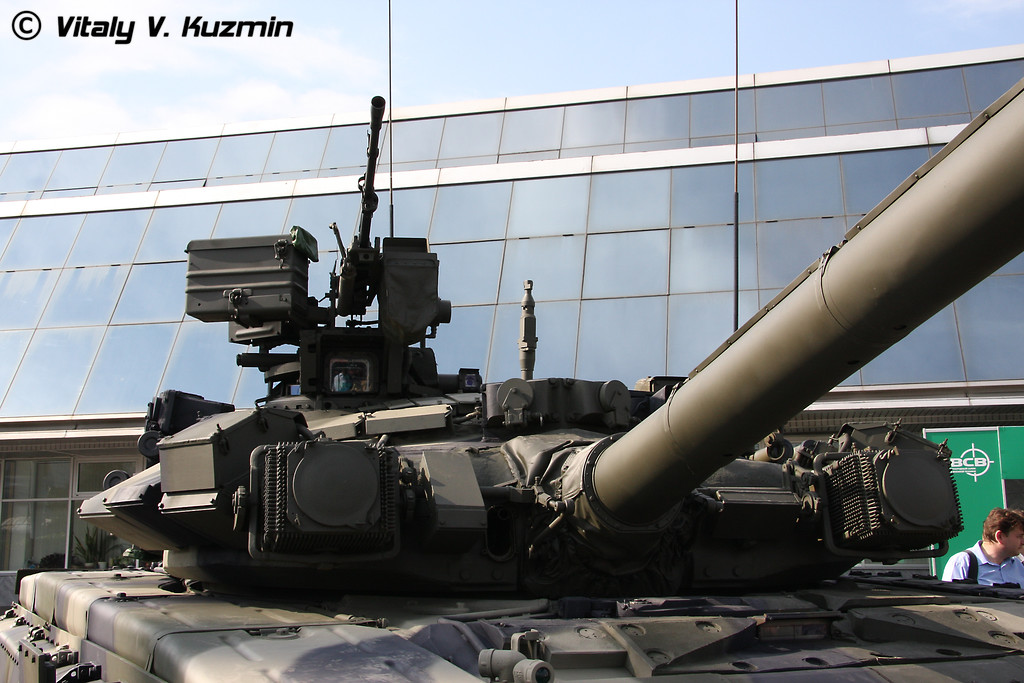 Т-90К (T-90K commander version)