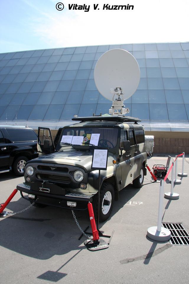 Мобильная станция спутниковой связи МССС СБА-14УМО на шасси УАЗ-3151 (SBA-14UMO MSSS mobile signal station on UAZ-3151 chassis)