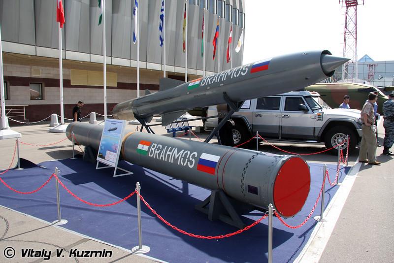 Противокорабельная сверхзвуковая ракета Брамос (Brahmos antiship missiles)
