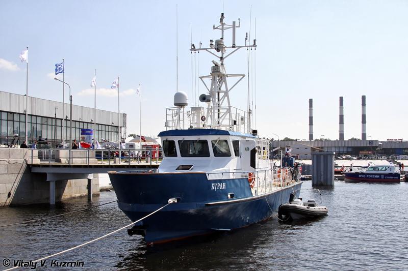 """Морской испытательный комплекс на базе катера проекта Р-2030 """"Буран"""" (Naval research and test complex on R-2030 Buran class ship base)"""