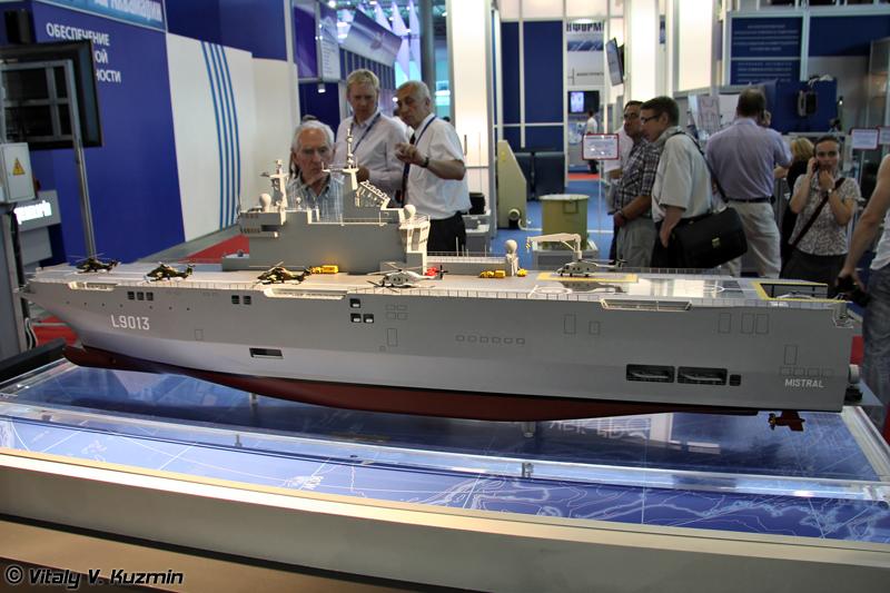 """Универсальные десантные корабли типа """"Мистраль"""" (""""Mistral"""" class amphibious assault ship)"""