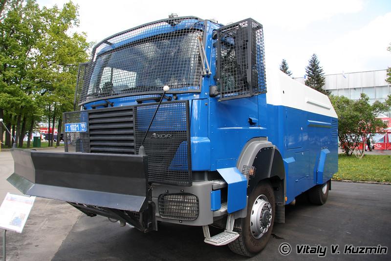 Спецавтомобиль RCU 6000-1RU на шасси MB 1828 Axor (RCU 6000-1RU riot control vehicle)