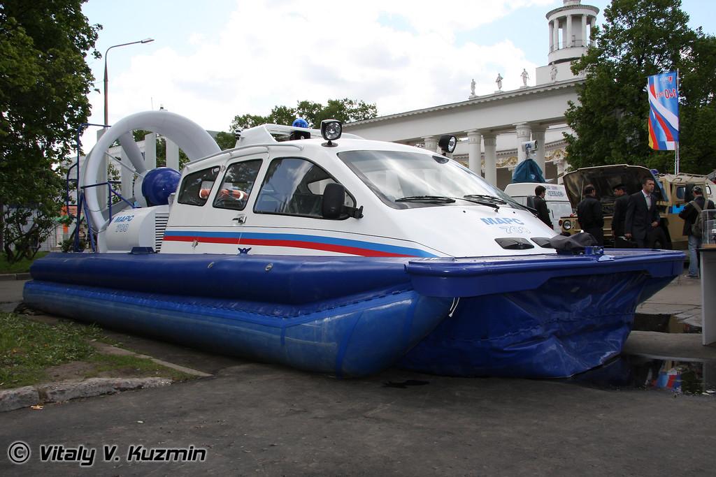 Катер на воздушной подушке Марс-700 (Mars-700 boat)