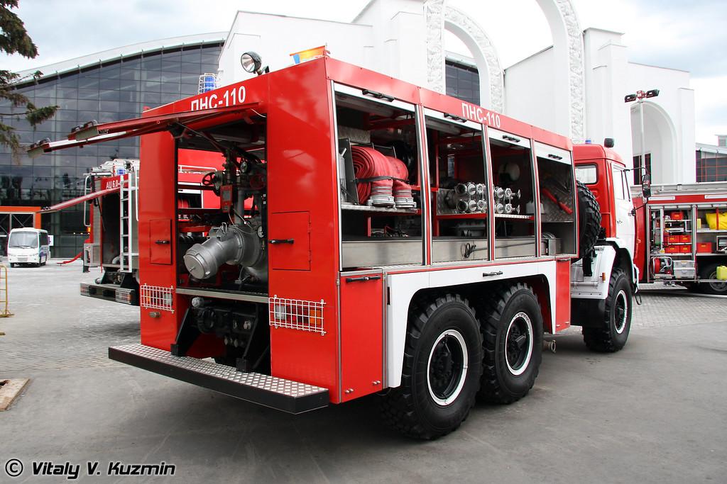 Пожарная насосная станция ПНС-110 на шасси КАМАЗ-43114 (Firefighting pump station PNS-110 on KAMAZ-43114 chassis)