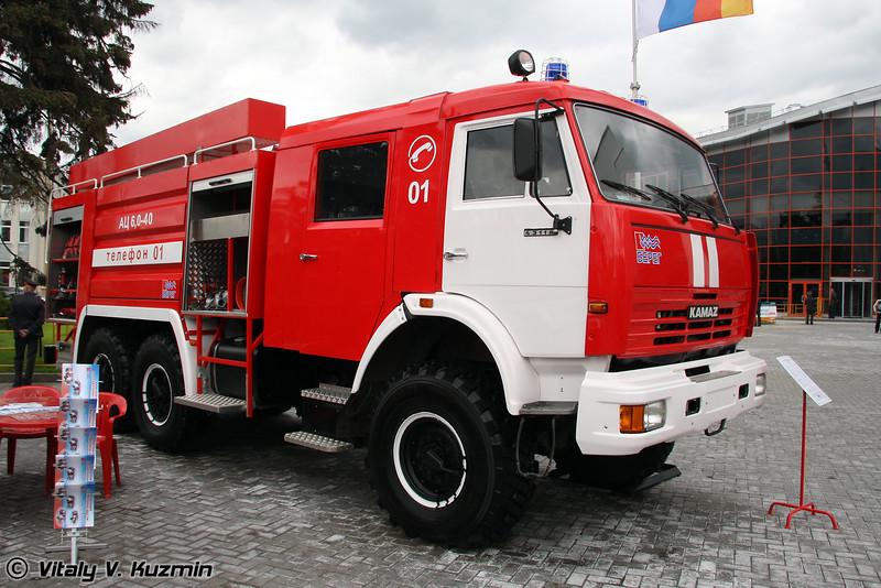 Автоцистерная пожарная АЦ 6,0-40 на шасси КАМАЗ-43118 (Fire truck ATs 6,0-40 on KAMAZ-43118 chassis)