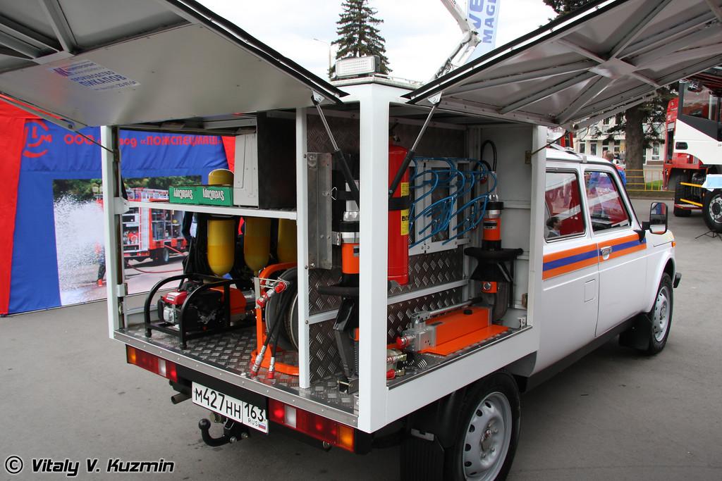 Автомобиль аварийно-спасательный ВИС-294611 (Search-and-rescue emergency vehicle VIS-294611)