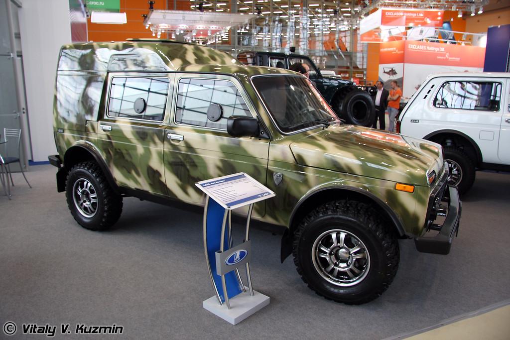 Lada 4x4 Комдив (Lada 4x4 Komdiv)