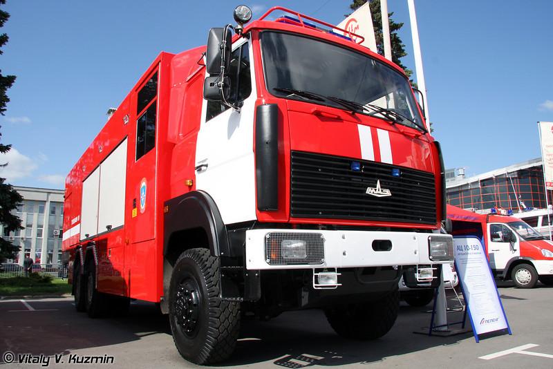 Автоцистерна пожарная АЦ 10-150 на шасси МАЗ-631708 (Fire fighting vehicle ATs 10-150 on MAZ-631708 chassis)
