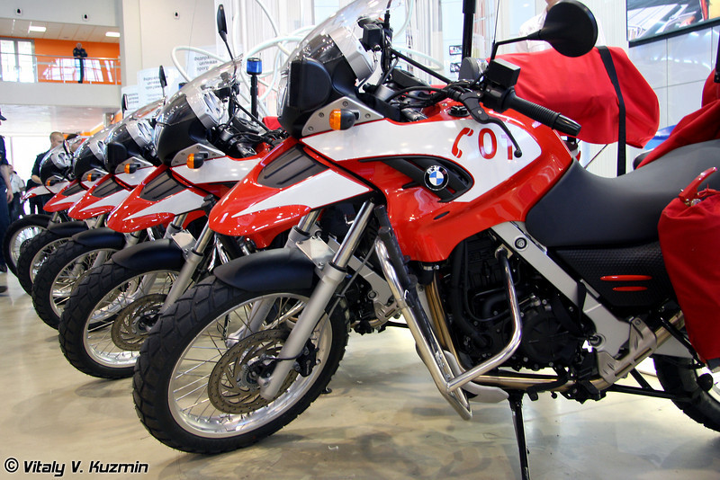 Пожарные обзавелись мотоциклами BMW (Fire fighting department purchased BWM motorbikes)