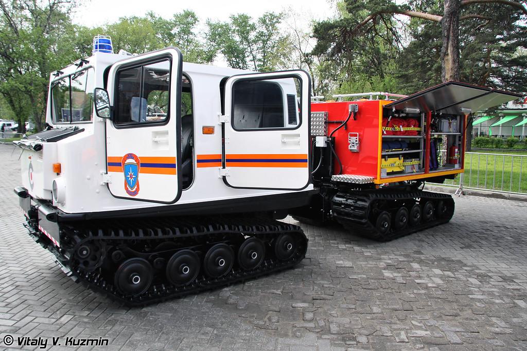 Многоцелевое пожарно-спасательное средство на базе вездехода BV-206 MLI (Multifunctional fire fighting and emergency vehicle on BV-206 MLI base)