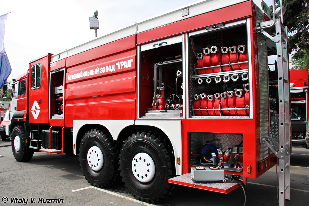 "Автоцистерна АЦ-8,0-67 ""УРАЛ-Катмерджилер"" на шасси УРАЛ-63701 (Fire fighting vehicle ATs-8,0-67 URAL-Katmerciler on URAL-63701 chassis)"