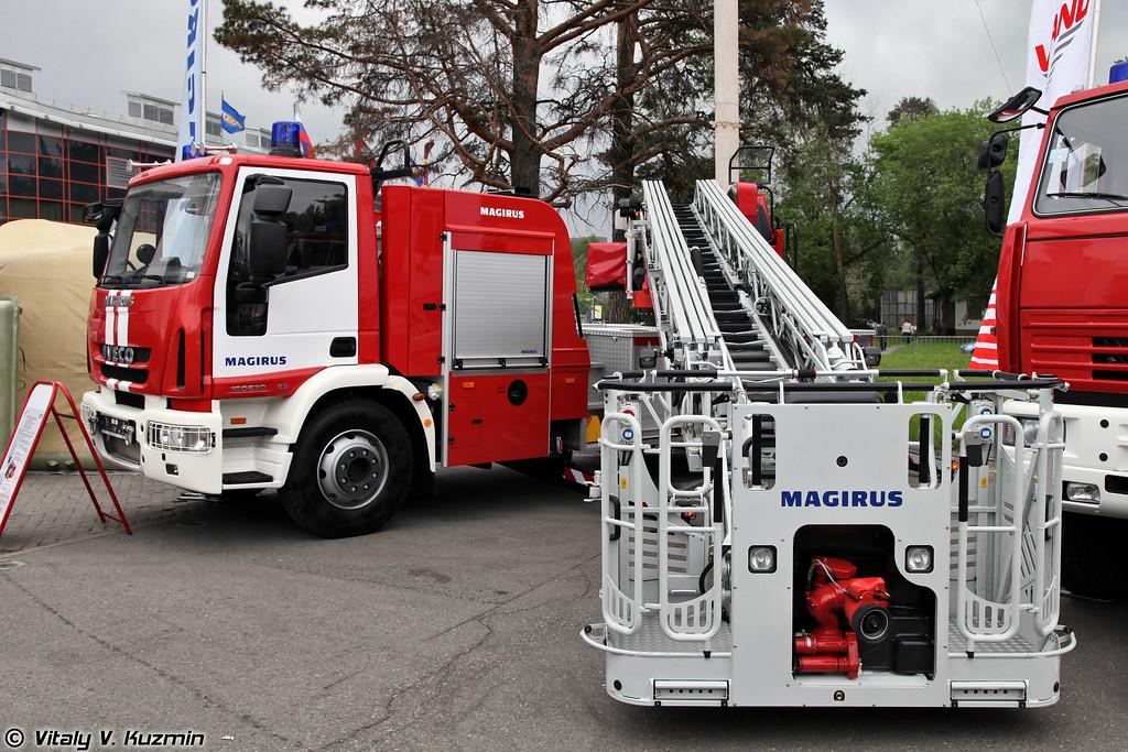 Автолестница пожарная на шасси IVECO 160 E 30 (Aerial ladder platform on IVECO 160 E 30 chassis)