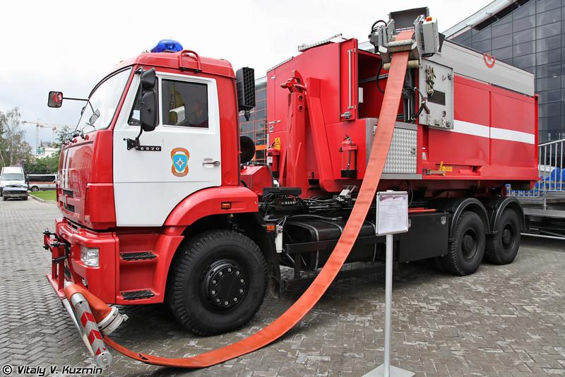 Насосно-рукавный комплекс Поток на шасси КАМАЗ-6520 (Fire fighting system Potok on KAMAZ-6520 chassis)