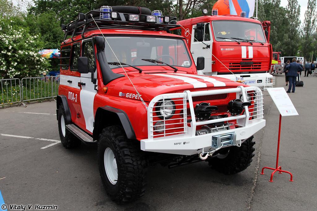 Лесопатрульный автомобиль ЛПА-3 на базе УАЗ-31519 (Fire patrol vehicle LPA-3 on UAZ-31519 base)