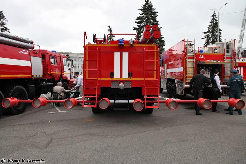 Аэродромный пожарный автомобиль АА 12/60 на шасси КАМАЗ-63501 (Airfield fire fighting vehicle AA 12/60 on KAMAZ-63501 chassis)
