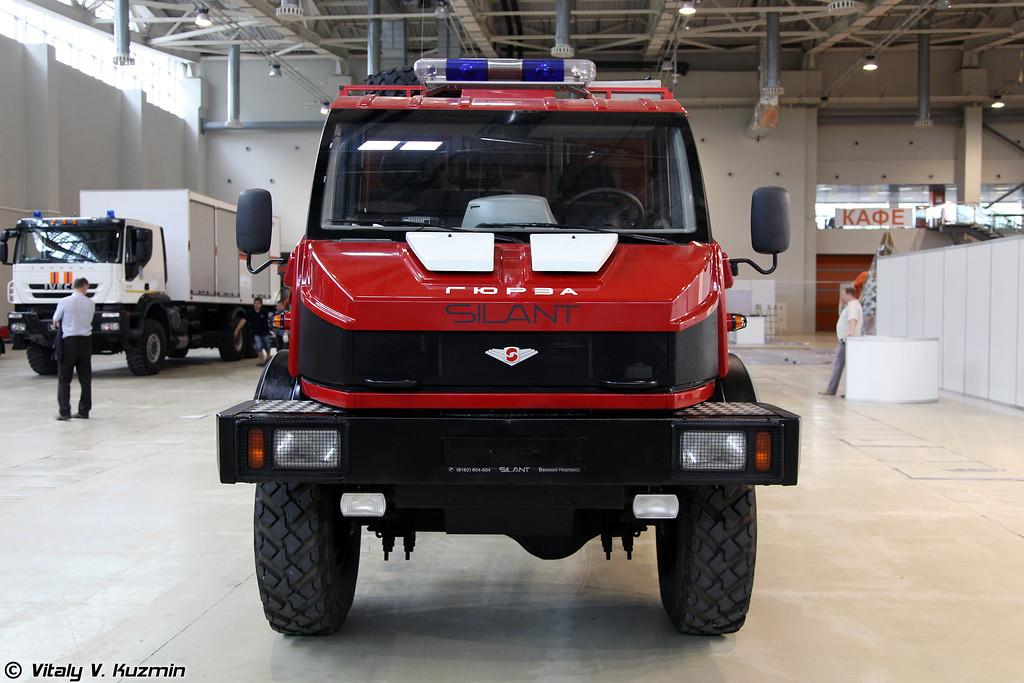 Мобильный комплекс для тушения пожаров и проведения аварийно-спасательных работ Гюрза на шасси SILANT 3.3D (Fire fighting vehicle Gyurza on SILANT 3.3D chassis)
