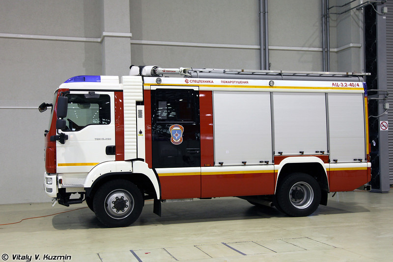 Автоцистерна пожарная АЦ 3,2-40/4 (Fire fighting vehicle ATs 3,2-40/4)
