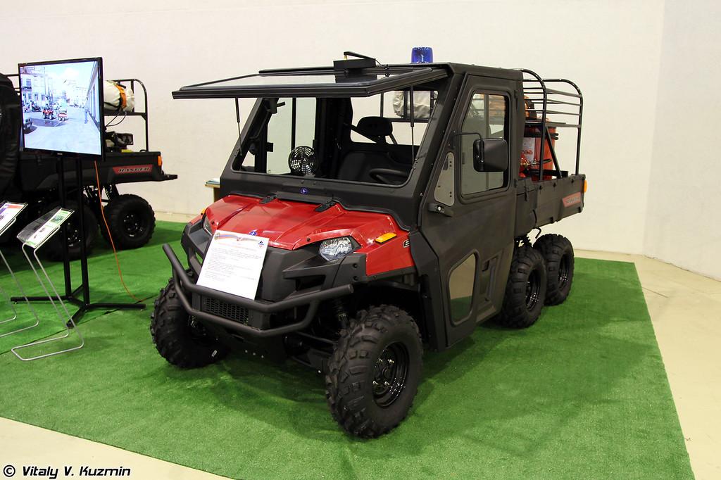 Пожарно-спасательный мотовездеход Кентавр на базе Polaris Ranger 6x6 800EFI (Emergency ATV Kentavr on Polaris Ranger 6x6 800EFI base)