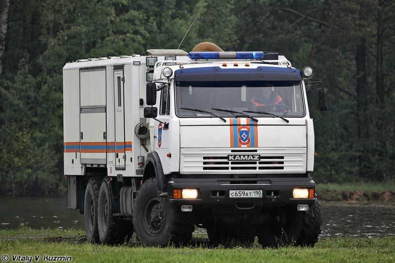 Аварийно-спасательный автомобиль на базе КАМАЗ-43118 (Rescue vehicle on KAMAZ-43118 base)