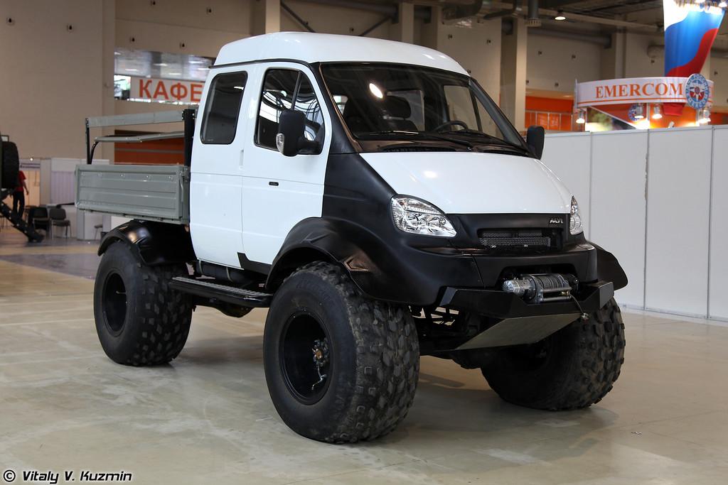 Снегоболотоход MYL (MYL all-terrain vehicle)