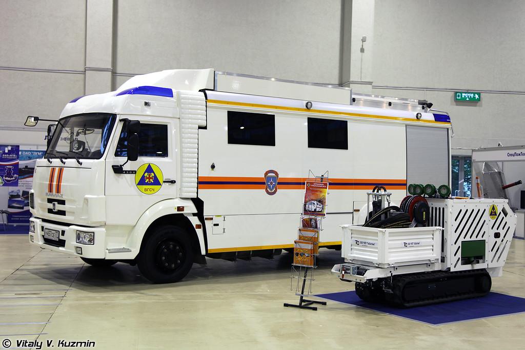 Специальный автомобиль ВГСЧ, предназначен для перевозки отделения военизированных горноспасательных частей МЧС России (Special vehicle VGSCh)
