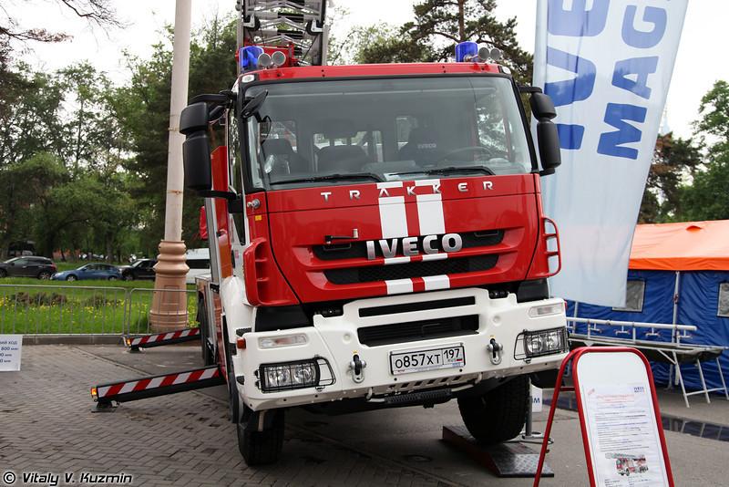 Автолестница пожарная M 60L на шасси IVECO Trakker AD 260 T 36 (Aerial ladder platform on IVECO Trakker AD 260 T 36 chassis)