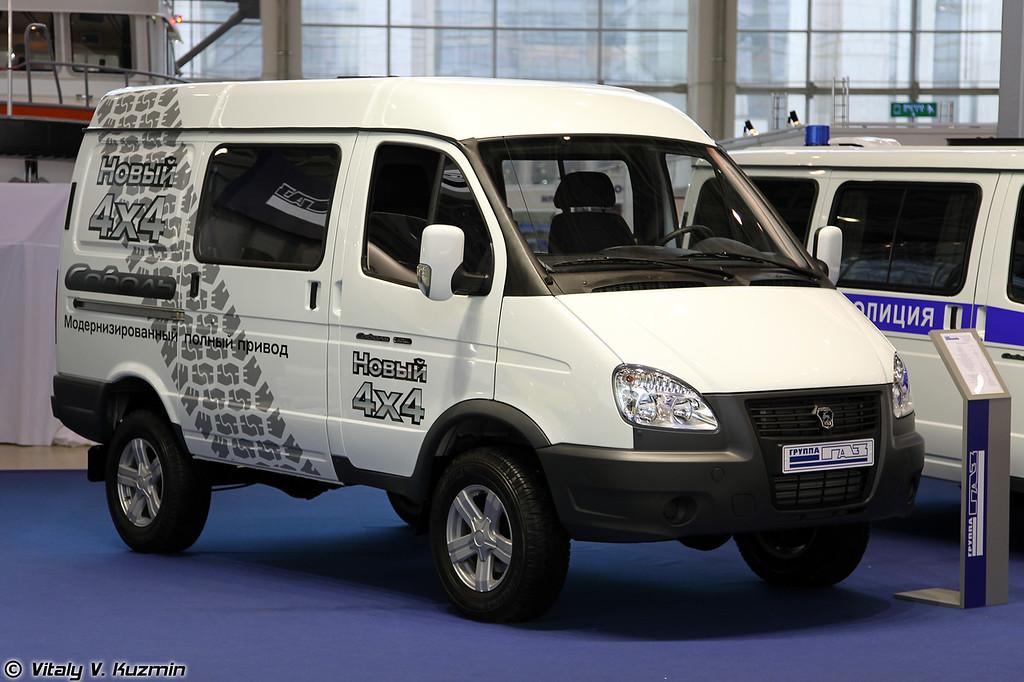 ГАЗ-27527 Соболь с модернизированной трансмиссией (GAZ-27527 Sobol with upgraded transmission)