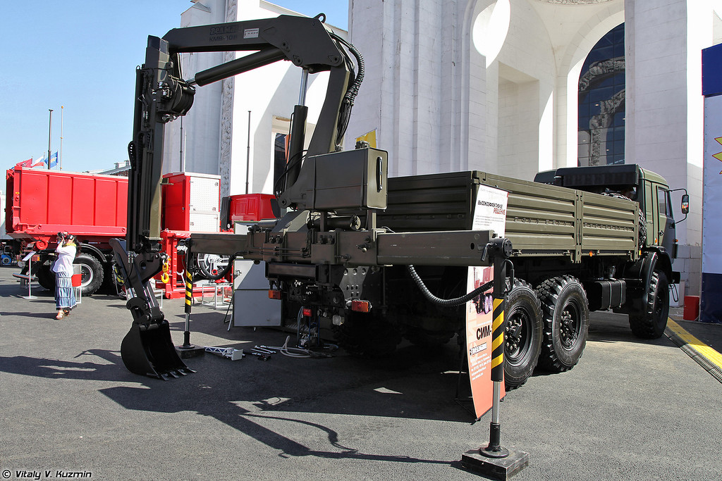 Специальная инженерная машина СИМ-2 (SIM-2 special engineer vehicle)