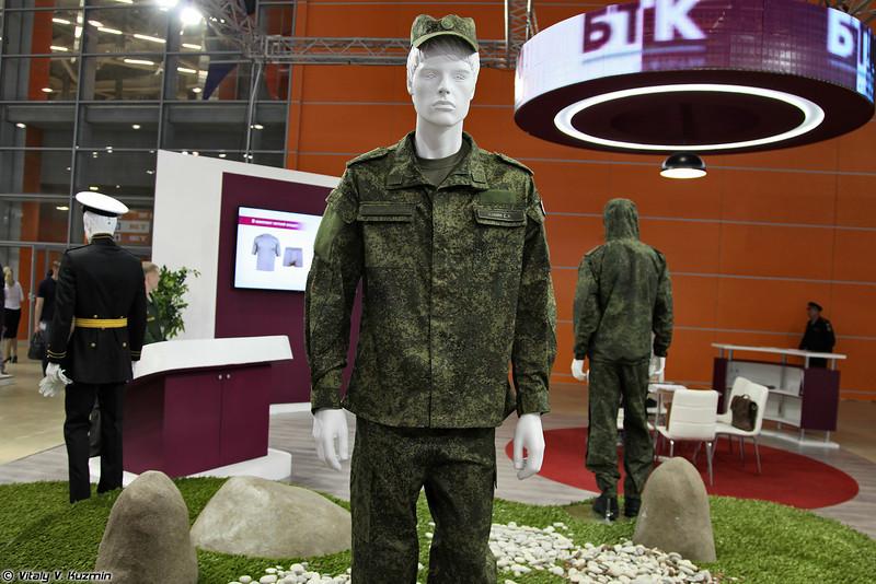 Примеры использования одежды из комплекта ВКБО (Some examples from VKBO military uniform kit)