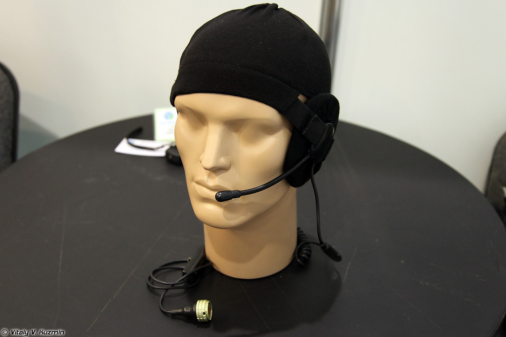 Шлемовая гарнитура ШГ-9 (Underhelmet headset ShG-9)