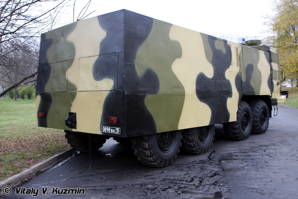 АБС-40 Лавина на шасси БАЗ-6953 (Antiriot vehicle ABS-40 Lavina on BAZ-6953 chassis)