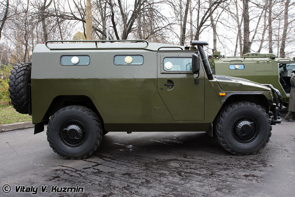 Бронеавтомобиль ГАЗ-233036 Тигр СПМ-2 (GAZ-233036 Tigr SPM-2 armored vehicle)
