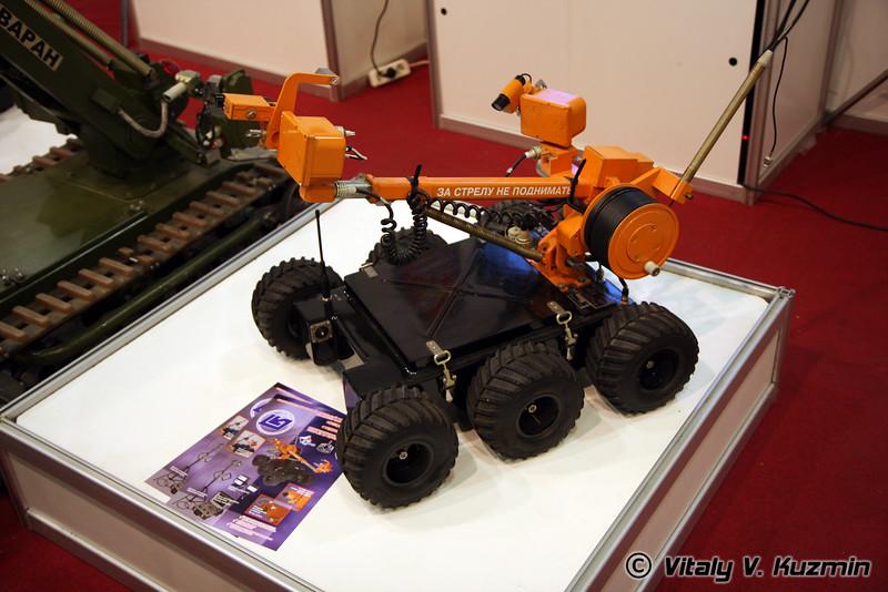 Многофункциональный роботизированный комплекс Вездеход-ТМ3 (Multifunctional robotic light complex Vezdekhod-TM3)