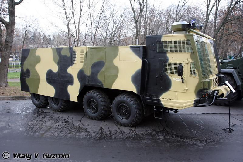АБС-40 Лавина на шасси БАЗ-6953 (Antiriot vehicle ABS-40 Lavina on BAZ-6953 chassis)