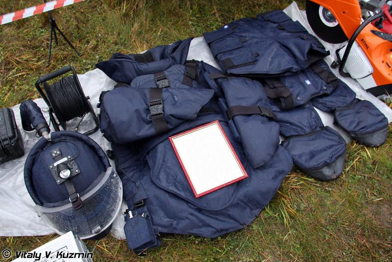 Взрывозащитный комплекс Доспехи (Sapper suit Dospekhi)