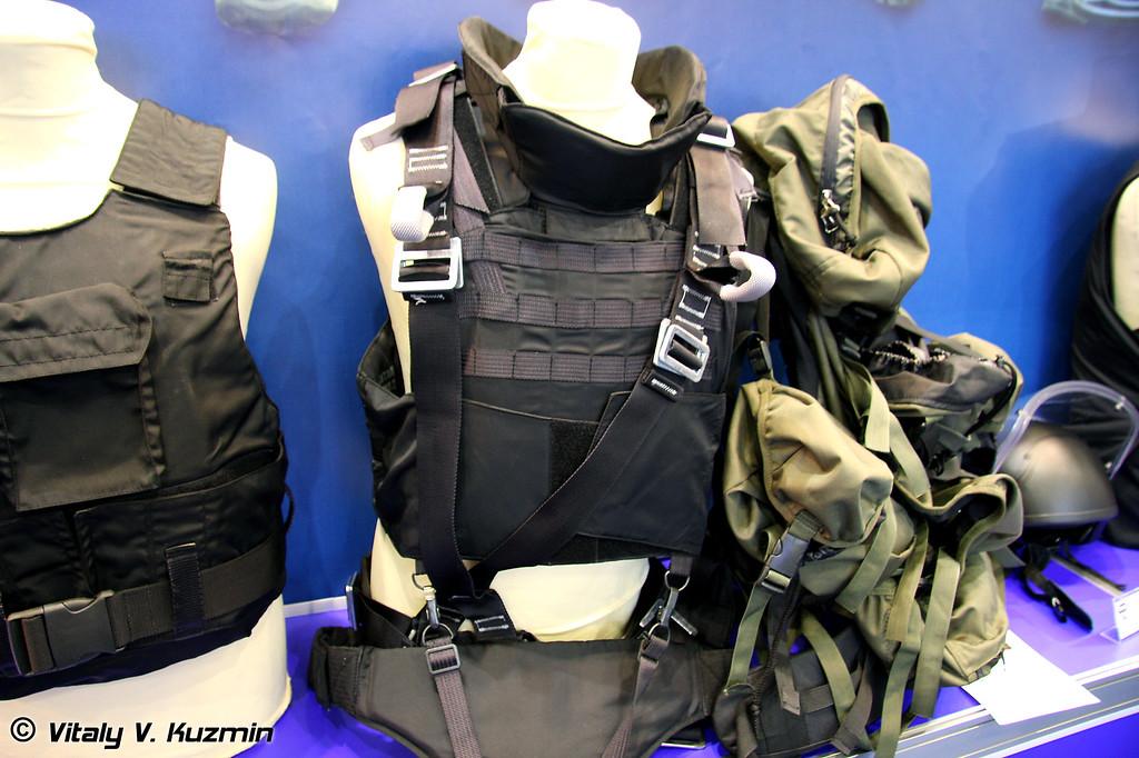 Бронежилет 5 класса защиты Высотник (5 class protection Visotnik bulletproof vest)