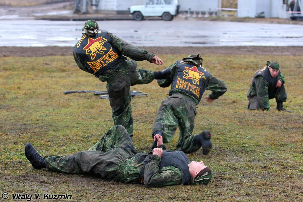 Бойцы ЦСН ВВ МВД РФ Витязь (Special purpose center Vityaz - TsSN VV MVD RF Vityaz)