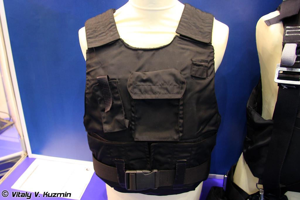 Бронежилет 2 класса защиты Тантал (2 class protection Tantal bulletproof vest)