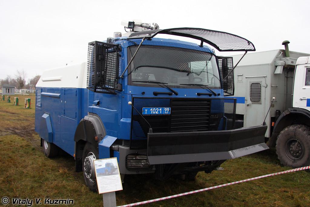 RCU 6000-1 RU на шасси MB Axor (RCU 6000-1 RU on MB Axor chassis)