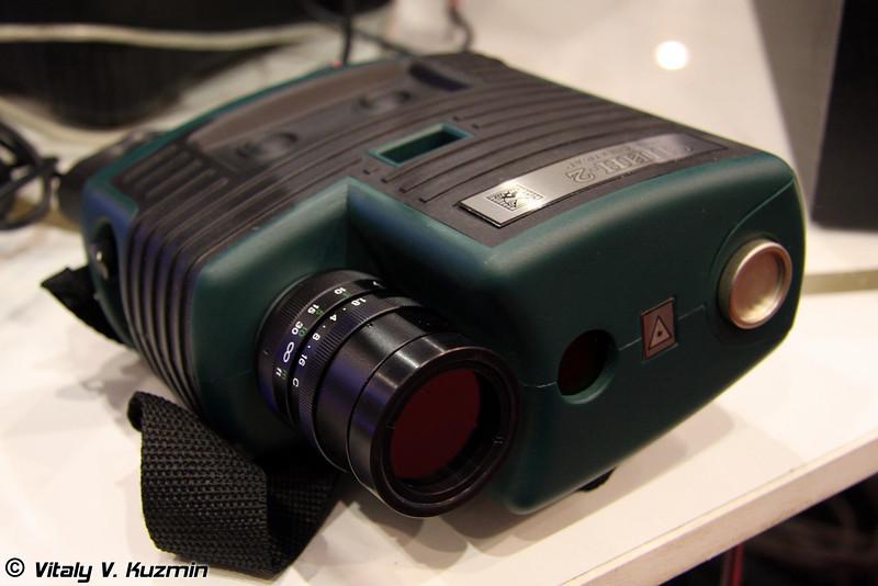 Прибор для дистанционного обнаружения оптических и оптико-электронных средств Спин-2 (Optic systems searching device Spin-2)