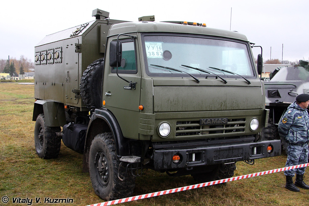 Бронеавтомобиль Горец на шасси КАМАЗ-43501 (Gorets armored vehicle on Kamaz-43501 chassis)
