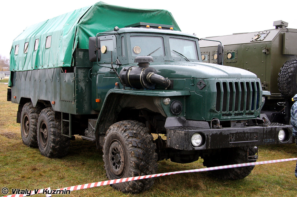 Урал-4320 (Armored Ural-4320)