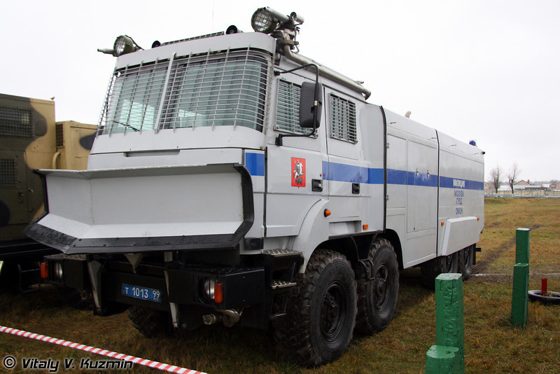 Лавина-Ураган на базе Урал-532362 (Anti-riot vehicle Lavina-Uragan on Ural-532362 chassis)