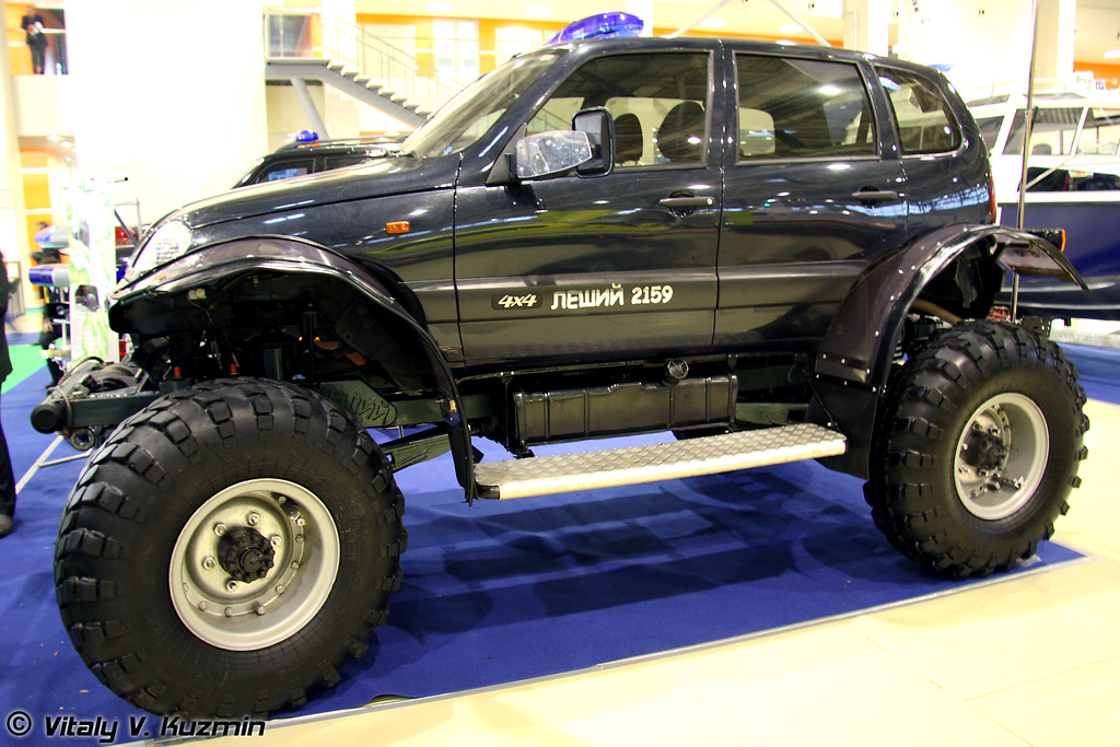 НПО Солитон представило два автомобиля Леший-2159 (Leshiy-2159 all-terrain vehicle)