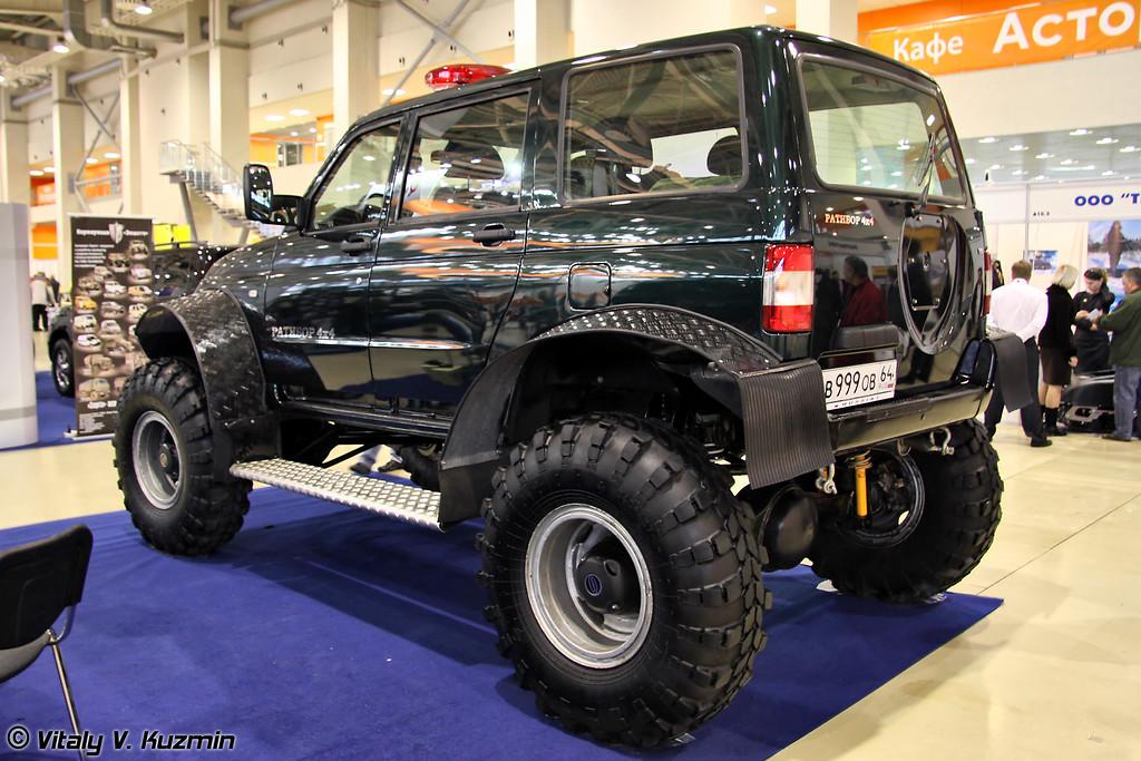 Легковой вездеходный автомобиль повышенной проходимости РАТИБОР (All-terrain vehicle RATIBOR)