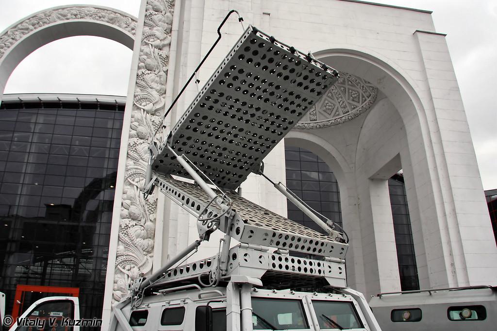 Предназначен для обеспечения возможности преодоления препятствий и проникновения боевой группы в здания на уровне второго и третьего этажа. (Abaim-Abanat is capable to reach the 3-rd floor)