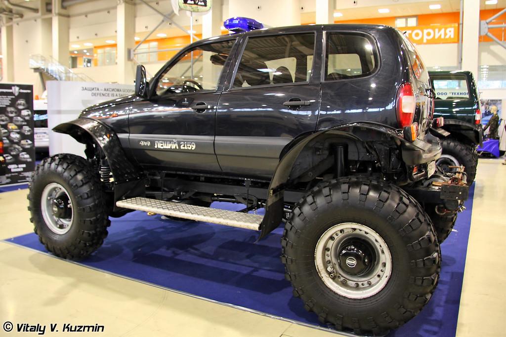 Легковой полноприводный автомобиль ЛЕШИЙ-21593 (Light all-terrain vehicle LESHIY-21593)