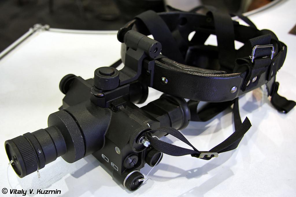 Прибор ночного видения ПНВ-10Т (Night vision device PNV-10T)